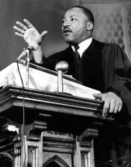 Rev. Martin Luther King Jr. speaks from pulpit of Quinn A.M.E. church at 2401 Wabash Ave. in Chicago on July 25, 1965. (James Mayo, Chicago Tribune)