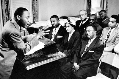Dr. King leading meeting w Parks, Abernaty, and Gray